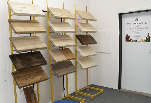 Dřevěné schody nášlapy stupnice vzorky